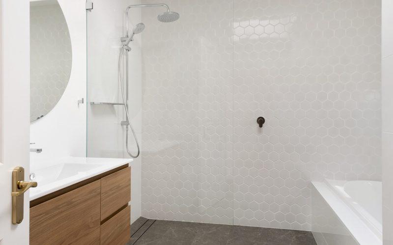 St_Peters_Bathroom2_Low