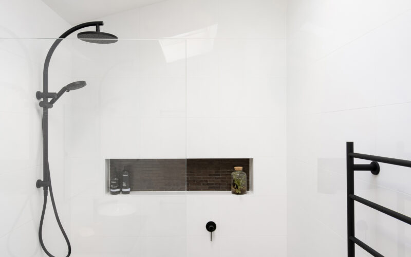 64_Piper_Street_Lilyfield_Shower_High