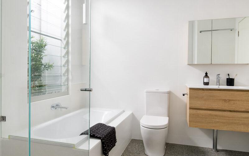 Bathroom1_Low